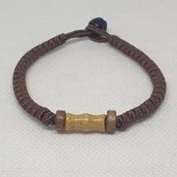 Armband med Träpärlor