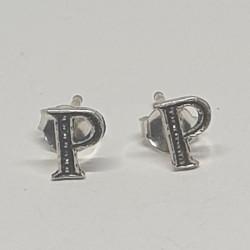 Bokstav P örhängen i silver